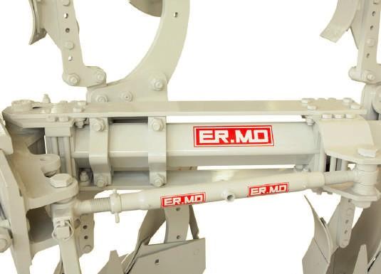 Reversible mounted 4